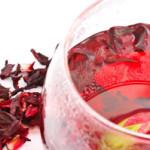 Красный чай каркаде, чем он полезен