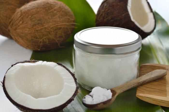 kokosovoe-maslo-dlja-rosta-brovej